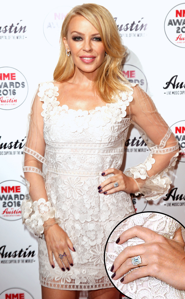 rs_634x1024-160218123906-634.Kylie-Minogue-Engagement-Ring.ms.021816