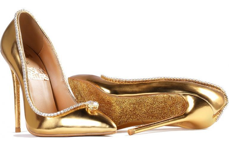 Worlds-Most-Expensive-Shoes-Launch-in-Dubai-Its-worth-is-1.7-Million