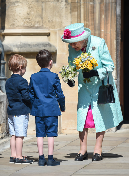 Queen+Elizabeth+II+Royal+Family+Attend+Easter+ulGszh12Uunl